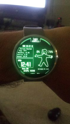 YEEESSS I want the pip boy watch I'd randomly stop in public with my wrist to my…
