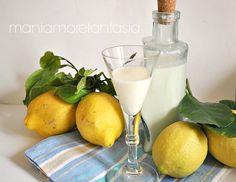 Un liquore al latte profumato al limone, da preparare adesso e gustare freddo nella stagione estiva. Scoprite la ricetta cliccando sul link.