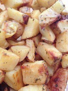 Crispy garlic potatoes