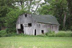 This is Anthony Cornett's photo of a Huntsville, Missouri barn.