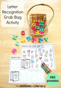 Letter Recognition Grab Bag with Free Alphabet Printable Letter Recognition Grab Bag Activity with free Printables. Such a fun alphabet activity for preschool and kindergarten! Alphabet Kindergarten, Teaching The Alphabet, Kindergarten Centers, Preschool Letters, Kindergarten Reading, Preschool Learning, Letter Recognition Kindergarten, Letter Recognition Games, Abc Centers