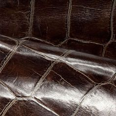 69a39774a3d7 Caiman - Eucalyptus   DECORATIVE collection Caimaninae, Crocodile, Texture  Naturelle, Tissu, Modèle