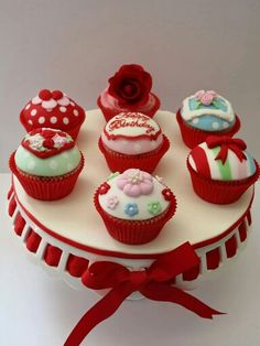 Red and white cupcakes