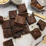 No-crust fig brownies - moist, soft brownies without any crusty edges - thanks to my special trick which means every piece is as tender as the last! Cooking Chocolate, Chocolate Filling, Chocolate Hazelnut, Fudge Brownies, Chocolate Brownies, Fig Recipes, Baking Recipes, Recipies, Dessert Blog