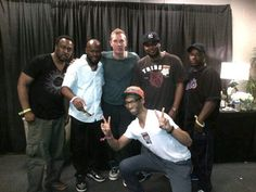 Roger, Garfield, Warren, Dwight and Hops backstage with Chris Martin at last night's Coldplay concert in Atlanta. Chris is a HUGE fan of Naturally 7!