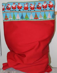 The House of Wilson: Quick Santa Sack - Tutorial - sew a sack for Santa to carry gifts