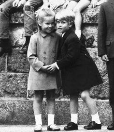 Prince Edward gives a hug and a kiss to his cousin Sarah Armstrong Jones, August ... More Prince Edward gives a hug and a kiss to his cousin Sarah Armstrong ...