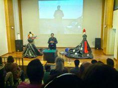 Magia con el Mago Tony Frackson en la inauguración de la Asociación cultural ISIS Badajoz.
