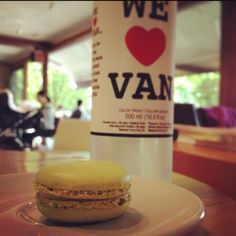 We ♥ Van too! Image by Nancy W. #macaron