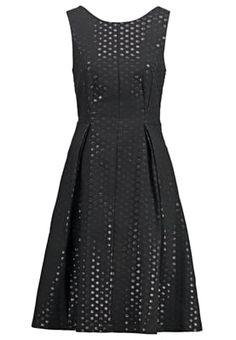 Die 28 besten Bilder von kleider   Cute dresses, Ball gown und ... 211a8b2809