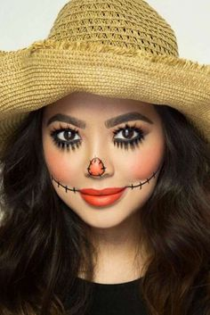 Looking for for inspiration for your Halloween make-up? Browse around this website for cute Halloween makeup looks. Scarecrow Halloween Makeup, Maske Halloween, Halloween Karneval, Halloween Makeup Looks, Costume Halloween, Scary Halloween, Scarecrow Costume Women, Scarecrow Face Paint, Scarecrow Hat