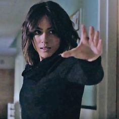 Agents of SHIELD season 3 trailer teases a threat 'beyond belief' Agents Of Shield Seasons, Marvels Agents Of Shield, Marvel Films, Marvel Dc, Marvel Comics, Agents Of S.h.i.e.l.d, Chloe Bennett, Fitz And Simmons, Phil Coulson