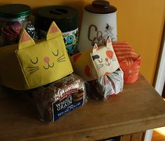 Spoonflower cut-and-sew fabric, make cat bread loaf covers!