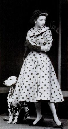 Ideas For Vintage Fashion Vogue Polka Dots Moda Fashion, 1950s Fashion, Fashion Models, Vintage Fashion, Womens Fashion, Trendy Fashion, 1950 Style, Glamour Vintage, Vintage Beauty