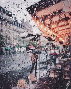 Rainy Paris, Paris Paris, Mobile Photography, Apple, Instagram, Rain, Apple Fruit, Apples