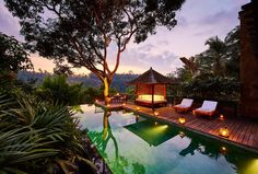 Bali is well known as a top luxury holiday destination thanks to its exquisite natural landscapes, unique culture, and luxurious resorts that manage to make every one of their guests feel like a VIP. In such a setting as this it takes a very special place to stand out, but that's exactly what the COMO Shambhala Estate manages to do, and with some style.