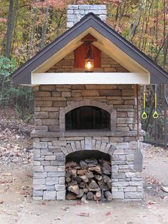 Pizza Oven with large overhang