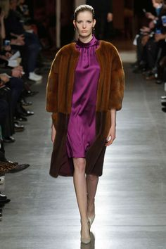 Oscar de la Renta Fall 2015. See the all the best looks from the runway here: