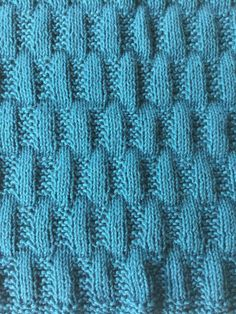Knit Crochet, Knitting, Crocheting, Inspiration, Fashion, Tricot, Scrappy Quilts, Dots, Tejidos