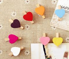 Con forma de corazón: Pinzas de madera con corazones