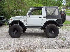 Daily driven suzuki samurai that's what yours will look like dear?