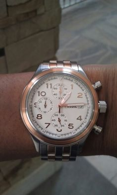My other ladies watch. The compass in two-tone rose and stainless steel; I wear it all of the time at my weekend job and at Fossil if it matches my outfit♡ Weekend Jobs, Watch 2, Fossil Watches, Compass, My Outfit, Stainless Steel, Jewels, Rose, How To Wear