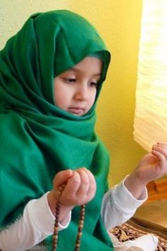 Cute-Muslim-Baby-Girls-High-Definition-Wallpapers.jpeg (320×480)
