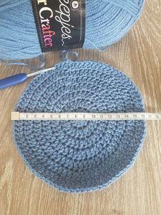 Tips om een muts te haken - Gek op Haken Knit Crochet, Crochet Hats, Mittens, Boy Or Girl, Knitted Hats, Crochet Patterns, Weaving, Embroidery, Knitting