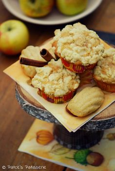 Patce's Patisserie: Apple Crumble Muffins #applerecipes #crumbles