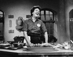 Aprende deesta icónica cocinera que conquistó almundo con sucarisma ybuena cocina