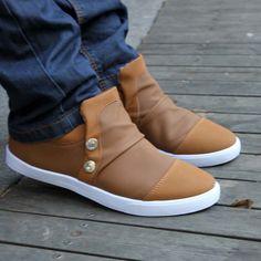 Image from http://i01.i.aliimg.com/wsphoto/v0/714568037/free-shipping-Canvas-men-winter-plus-cotton-shoelace-sets-of-plastic-lazy-fashion-casual-shoes-men.jpg.