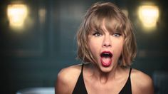 Apple Music Taylor Mic Drop Commercial Song The Middle by Jimmy Eat World Taylor Swift Tumblr, Taylor Swift Now, Taylor Swift Youtube, Jimmy Eat World, Scary Faces, Mic Drop, Lip Sync, Tv Commercials, Apple Music