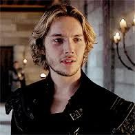 Pin for Later: An Ode to Francis, Who Will Forever Be Reign's Sexiest King Finally, When He's Madly in Love With His Queen Mary will never recover from this. Reign Cast, Reign Tv Show, Mary Queen Of Scots, Queen Mary, Toby Regbo Reign, François Ii, Reign Mary And Francis, Anastasia Musical, Marie Stuart