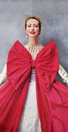Fashion History, Women's Fashion, Ribbon Bows, Fashion Designers, Rsvp, Balenciaga, Vintage Fashion, Museum, Classy