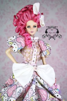 Creations, specializes in one-of-a-kind doll designs, formed by fashion designer, Mario Paglino and graphic art director, Gianni Grossi. Top Model Fashion, Diva Fashion, Fashion Dolls, Barbie Skipper, Barbie Dolls, Ooak Dolls, Blythe Dolls, Barbie Model, Pink Doll