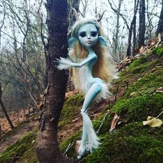 "250 Likes, 3 Comments - Fayetasia (Amanda Riker) (@fayetasiacustoms) on Instagram: ""Lots of exploring! #monsterhigh #monster #high #doll #dolls #dollsofinstagram #custom #repaint…"""