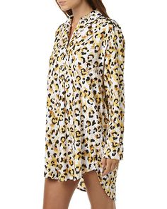 Features:Colour: AnimalMade from: RayonWomens shirt dressAll-over exclusive printStop placketBranded buttonContrast back pipingScoop hemlineRelaxed, casual fitSize + Fit Guide:Models hips measure: 86cmModel is wearing a size 8/S