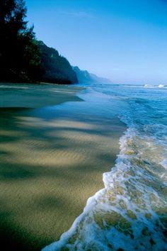 Na Pali Coast State Park, Kauai, Hawaii. 6 girls, & a convertible in the 80's.....enough said.