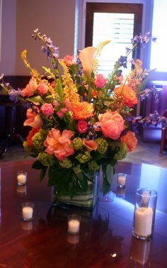 Absolutely beautiful #wedding #floral arrangements by Isha Foss Events! The Bridal Dish loves! http://www.thebridaldish.com/vendors/isha-foss-events