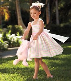 Yeap. I'm DEFINITELY making this for Mayleigh this summer. Such a sweet and girly dress.