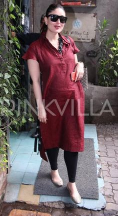 Kareena Kapoor Khan is clicked here on a lunch date. The lovely lady of B-town, who is expecting her first baby with hubby Saif Ali Khan, looked smas. Kurti Neck Designs, Kurta Designs Women, Kurti Designs Party Wear, Blouse Designs, Kurtha Designs, Indian Designer Outfits, Indian Outfits, Indian Maternity Wear, Maternity Suits