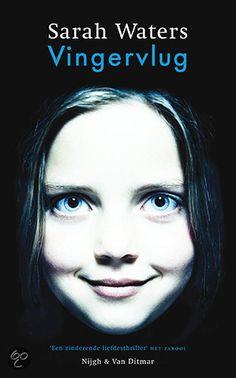 Een Londens weesmeisje, dat vanaf 1845 wordt opgevoed door een vrouw met onderwereldconnecties, wordt gevraagd mee te werken aan het plan van een schurk om een rijke erfgename te verleiden.(verfilmd the handmaiden)