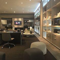 Tons! Visita ao showroom da fábrica Todeschini | Living Room #amazing #interior #arqweb #arqdecor #arqideia #arqideia #arquiteta #arquitetura #architecture #projetoleilaazzouz #projeto #project