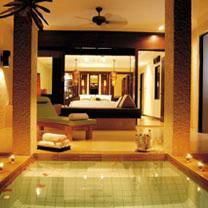 Located in one of Thailand's most tropical locations, Mövenpick Spa Resort Karon Beach offers an array of rooms and villas on the beautiful Karon Beach. Luxury Spa Hotels, Hotels And Resorts, Best Hotels, Phuket Resorts, Beach Resorts, Karon Beach, Hotel Spa, Resort Spa, Thailand