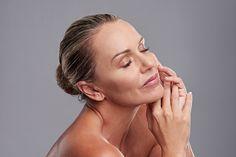 Skin Resurfacing, Roche Posay, Rides Front, Anti Ride, Les Rides, Loose Skin, Uneven Skin Tone, Studio Shoot, Female Poses