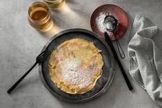 Koolhydraatarme pannenkoeken - Recept - Allerhande - Albert Heijn Paleo, Keto, Go For It, Lunch Snacks, Omelet, 20 Min, Brunch, Low Carb, Healthy Recipes