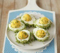 Dania i Potrawy na Wielkanoc: 12 Ciekawych Propozycji na Wielkanocny Stół - Damusia.pl Avocado Egg, Easter Recipes, Menu, Eggs, Dinner, Vegetables, Breakfast, Food, Menu Board Design