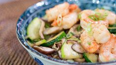 Skillet stir-fry! Siri and Carson's easy shrimp and udon noodle dish