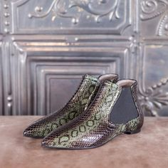 CLESSIDRA - green elaphe  #altiebassi #autumn #winter #italianshoes