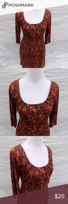 To The Max S Dress Brown Abstract Print Wiggle Brand:  To the Max.  Color: Multiple shades of Brown.  Tag Size:    Misses  Small  Bust:  34 in.  Waist:  28 in.  Hips: 36 in.  Sleeve Length:  18 in.  Length:  35 in.  Materials:  Polyester.  Care Instructions:  Machine Wash, Tumble Dry. To the Max Dresses Midi